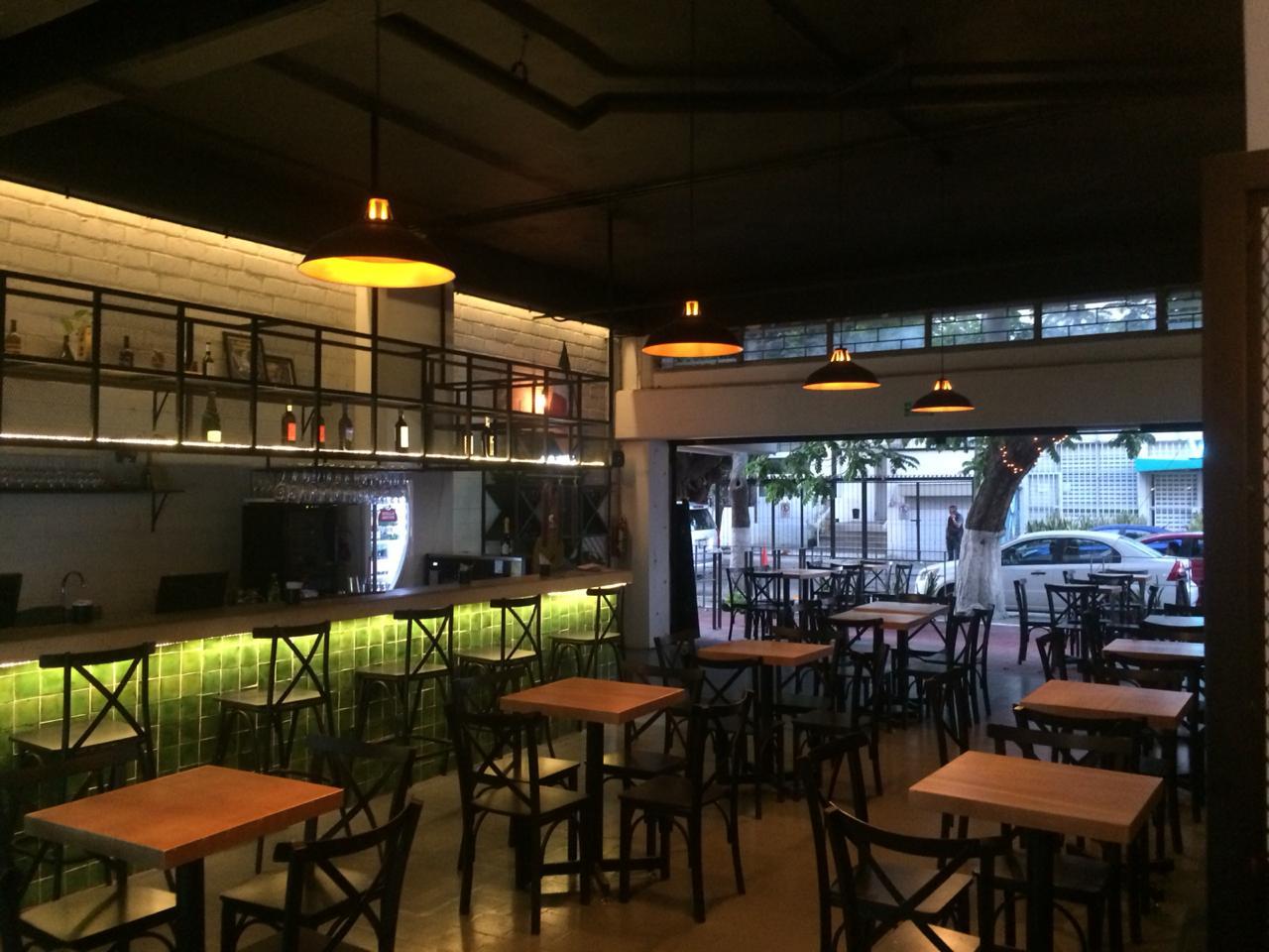 Se Traspasa Bar o Restaurante en Chapultepec Guadalajara
